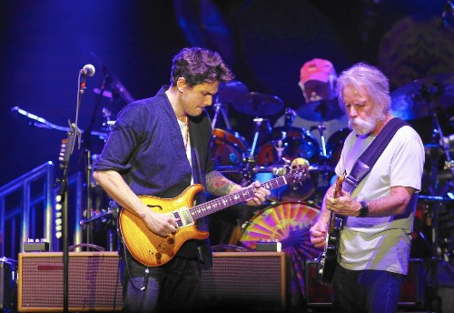 John Mayer hops aboard the Dead & Company train at the Forum - Los Angeles Times