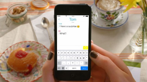 Snapchat seeks growth, adds disappearing text messages, video chat