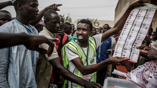 Scattered violence as Nigerian voters go to the polls