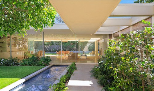 'Charlie's Angels' producer Amanda Goldberg gets her price for midcentury home in Beverly Hills