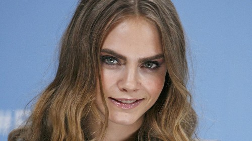 Cara Delevingne opens up about her sexuality and her mental health - Los Angeles Times
