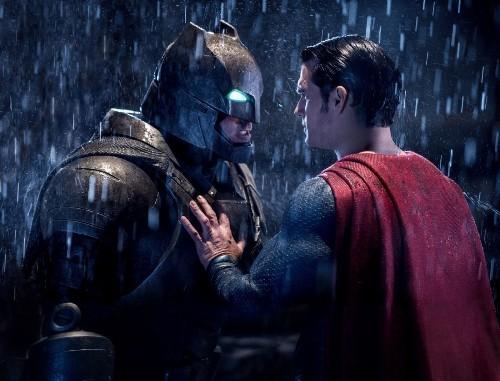'Batman v Superman' nabs box-office record for best pre-summer debut