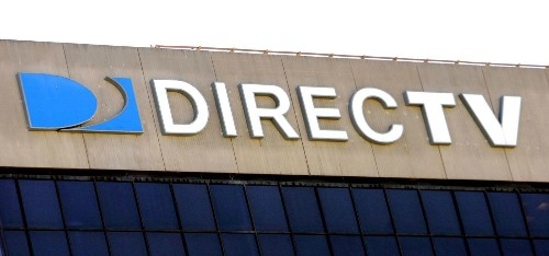 Feds accuse DirecTV of deceptive ads, seek millions in refunds - Los Angeles Times