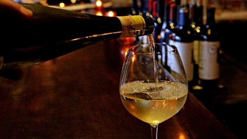 Cheers! For those managing diabetes, wine can help, study says - Los Angeles Times