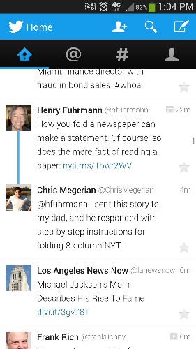 Twitter experiments with blue lines to thread tweets