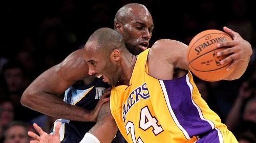 Kobe Bryant uses Super Bowl analogy to describe frustration, injury