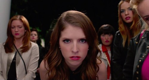 'Pitch Perfect 2' trailer showcases high notes, low comedy