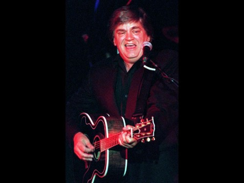 Phil Everly dies at 74; half of vocal duo the Everly Brothers