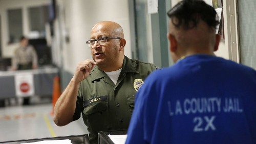Inmates are still being given to ICE despite Sheriff Villanueva kicking agents out of jails