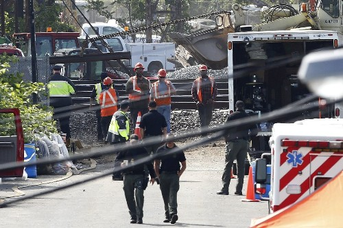 FBI is asked to investigate whether something hit doomed Amtrak train - Los Angeles Times