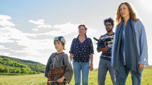 Review: Vera Farmiga elevates the silly, sweet dramedy 'Burn Your Maps'