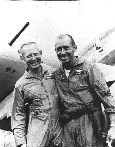 Bernard F. Fisher dies at 87; Vietnam rescuer earned Medal of Honor