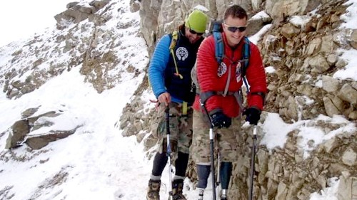 For former Hells Angel Tim Medvetz, no mountain is too high to climb, even Everest - Los Angeles Times