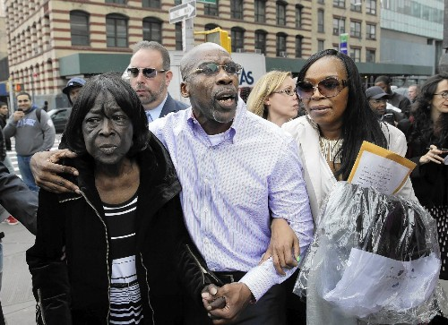 Man wrongly convicted of murder freed after nearly 25 years - Los Angeles Times