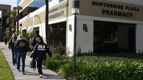 Southern California doctors arrested in opioid prescription crackdown