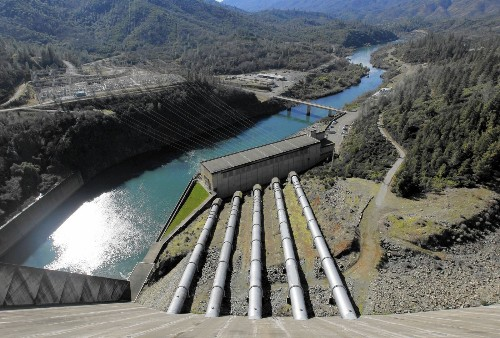 Drought cuts power production of California dams