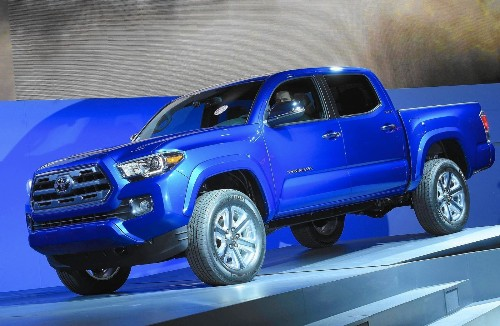 Toyota hopes to stave off GM threat with all-new Tacoma