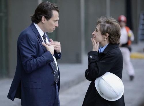 Mexican journalist Carmen Aristegui fired by radio station