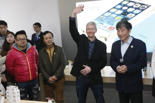 With iWatch and new iPhones, Apple CEO Tim Cook faces defining moment