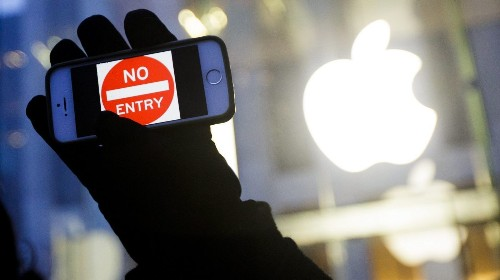 FBI hacks iPhone: Does this make your phone less private? - Los Angeles Times