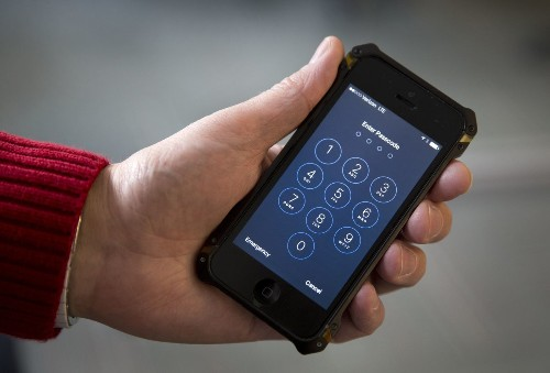 The government wants your fingerprint to unlock your phone. Should that be allowed? - Los Angeles Times