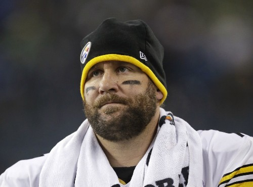 Ben Roethlisberger, Steelers Coach Mike Tomlin disagree on whether QB has concussion