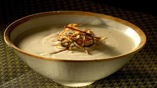 Warm up with this rich potato green chile soup recipe for Meatless Monday - Los Angeles Times