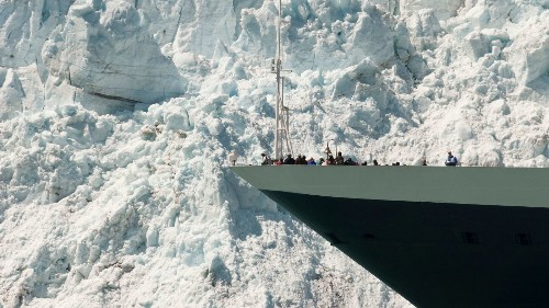 Seeing Alaska by sea has its advantages, including bird's-eye views of wildlife and glaciers - Los Angeles Times