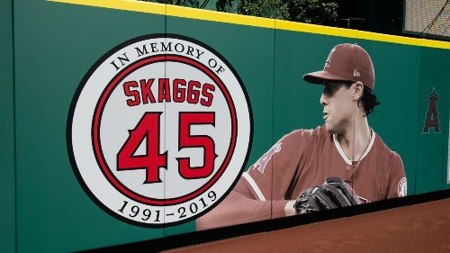Angels wear No. 45 in Tyler Skaggs' memory at Angel Stadium