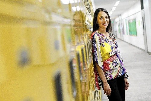 Counselor honored for helping students get college financial aid