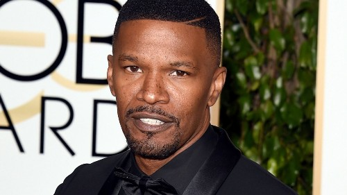 Jamie Foxx saves man from burning car - Los Angeles Times