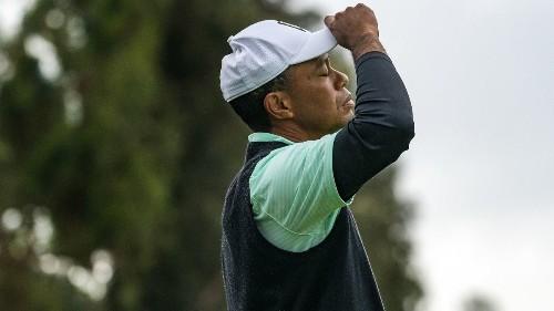 Tiger Woods putters nine shots behind leaders Justin Thomas and Adam Scott in Genesis Open