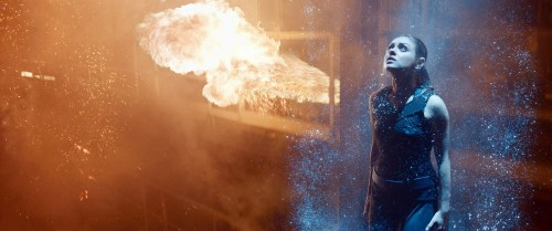 Warner Bros. bumps July's 'Jupiter Ascending' to February 2015 - Los Angeles Times
