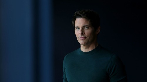 'Dead to Me's' James Marsden has some things to say about being the bad-guy lover