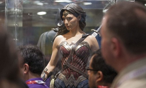 Wonder Woman's new costume on display at Comic-Con: Check out her gladiator heels - Los Angeles Times