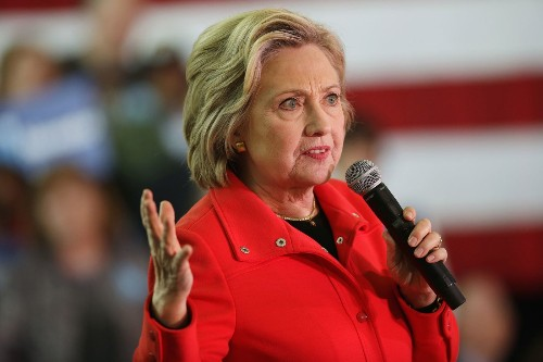 Hillary Clinton faces one problem she didn't expect: Money