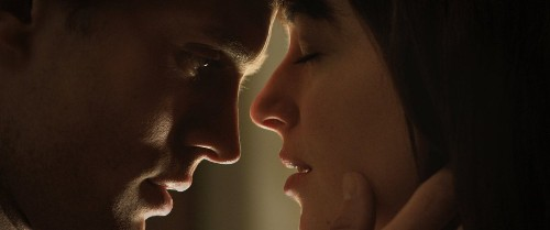 India bans 'Fifty Shades of Grey' film, but the book's a hit there
