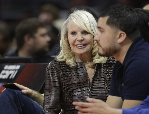 Shelly Sterling says family didn't talk to her after sale of Clippers