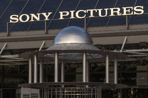 Sony urges Twitter to suspend users who post leaked documents