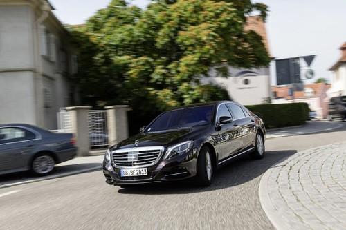Mercedes-Benz reveals recent test of self-driving car