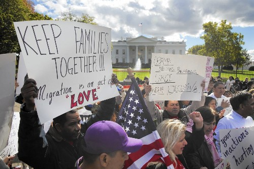 Going solo on immigration: Obama weighs reform options