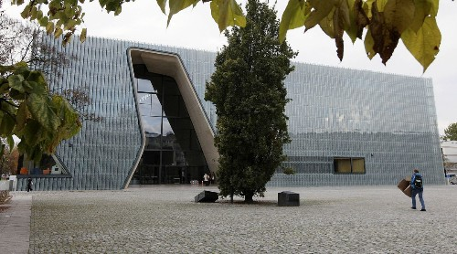 Museum dedicated to Jewish history in Poland opens in Warsaw