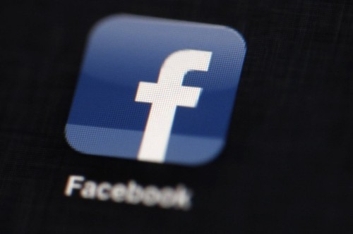 California challenges Facebook argument on online teen privacy