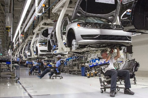 VW emissions rigging will drive auto industry manufacturing costs higher - Los Angeles Times