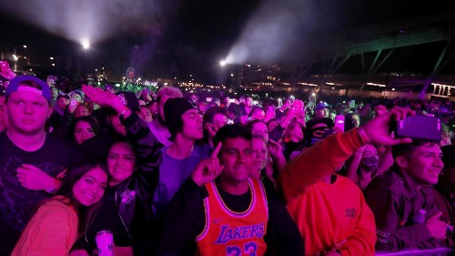 Cardi B closed Rolling Loud with a celebratory set, until Offset committed a made-for-social-media moment gone wrong - Los Angeles Times