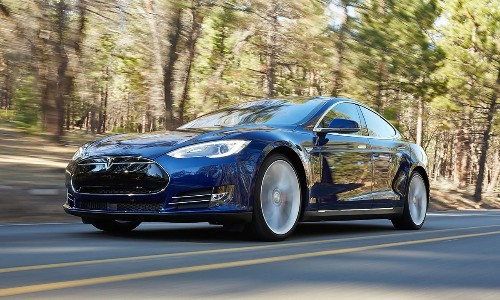 New Tesla Model S 70D all-electric sedan to cost less than $70,000