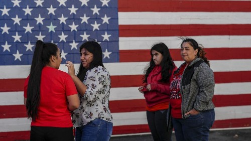 On the Texas-Mexico border: Crisis? What crisis? - Los Angeles Times