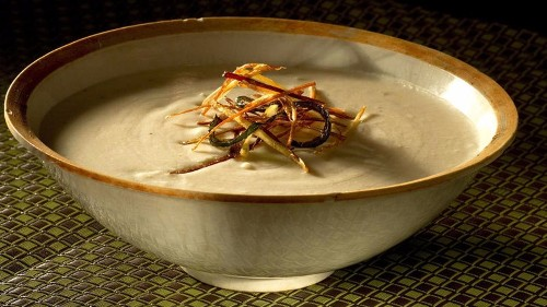 Warm up with a bowl of potato green chile soup - Los Angeles Times