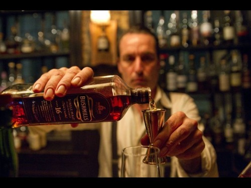 9 Irish whiskeys to try right now