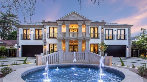 Baseball's Jimmy Rollins seeks $12 million for Encino mansion